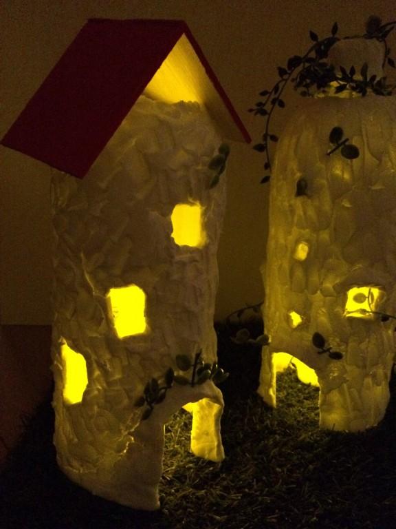 小人のお家ランプ