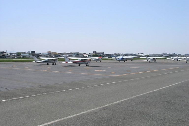 800px-Yao_Airport01